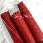 Кожзаменитель текстурный Рептилия, цвет тёмно-Красный, отрез размером 33х70см(+/- 1см), тонкий 0,6 мм, на тканевой основе, DA000221