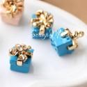 Подвеска Подарок голубой 3D, 10 см, цена за 1 шт., DA000247