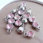 Подвеска с розовым Кристаллом, основа серебро, 15х11мм, цена за 1 шт., DA000580