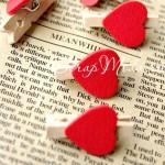 Прищепка Mini декоративная с сердечком,  деревянная, сердечко красное, 30 мм., цена за 1 шт., DE000115