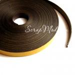 Магнитная лента с клеевой полосой, ширина 12 мм, толщина 1,5 мм., продается по 10 см.