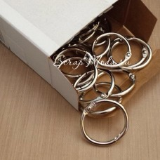 Кольцо разъемное металлическое, цвет серебро, размер 3,8 см., IN000456
