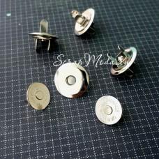 Магнитные Плоские застёжки, с косым срезом. цвет серебро, диаметр 18 см., IN000572