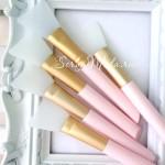Силиконовая широкая кисть, длина 15 см., цвет ручки розовый, IN000584