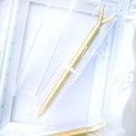 Ручка шариковая с Кристаллом, стержень синий, длина ручки 14 см., матовое золото, IN000606