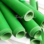 Кожзам ярко-зелёный, матовый, отрез размером 33х70 см(+/- 1см), тонкий, KZ000095