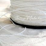 Бусинная  нить, Белая, 1,5 мм бусина, цена за 1 метр