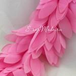 Шифоновые лепестки на ленте, ярко-розовые, длина лепестка 6 см, цена указана за 30 см., LE000481