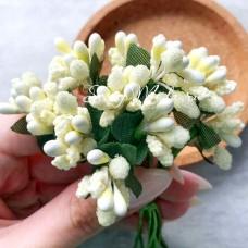 Ягоды с Тычинками и с листиками, цвет: Светло-Жёлтые, цена за 1 веточку, LI000050