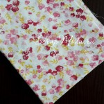 Ткань Цветочки розовые, красные и желтые веточки на белом фоне, размер отреза ткани 50х50 см., TK000122