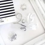 Надпись из термотрансфера 2019 + 2 снежинки, пленка зеркальное серебро, размер 5,5х5,5 см., снежинки 1,5 и 2,5 см.  TN000224