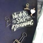Надпись из термотрансфера NEVER STOP DREAMING, пленка зеркальное серебро, размер общий 8,5х7см., ZA000388