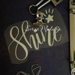 Надпись из термотрансфера Shine+звёздочка, пленка зеркальное серебро, размер общий 9х5,5см., TN000431