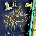 Рисунок контурный из термотрансфера голова Единорога, пленка зеркальное золото, размер 75х90мм, TN000595