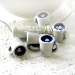 Пластиковая Мраморная Кружка 2017, внутри сердечко, цвет бело-синяя, размер 20х19 мм., цена за 1 шт.