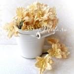 Лилия кремовая с тычинками на проволоке, 50 мм, цена за 1 шт., UC002083