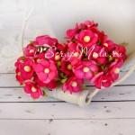 Мини цветы с тычинкой ярко-малиновые, на проволоке, 15 мм., 10 шт., UC002445