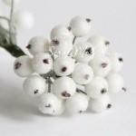 Ягодки на проволоке, обсыпанные, белые, ягодка 12 мм., UC002661