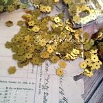 Пайетки, Цветочек, жёлтое золото, 6 мм., 4-5 гр, UC002664