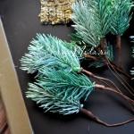 Хвойная веточка на проволоке, заснеженная, 14 см, хвоя 6х3 см., цена за 1 шт.,  UC002686