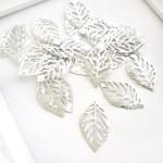 Металлический листик mini, серебро, размер 2,0х1,4 см. цена за 1 шт. UC002911
