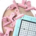 Зажим розовый, металлический, размер зажима 3,2 см, цена за 1 шт. UC002923