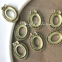 Пластиковая Рамочка Овальная, золото, размер 2,5х2 см, внутри 1,3х0,9см, UC002997