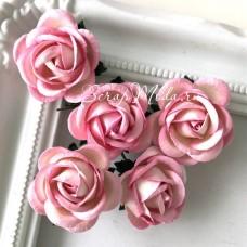 Роза, цвет:бело-розовая, размер 35 мм., цена за 1 шт., UC003072
