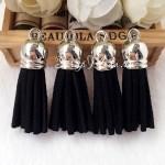 Подвеска Кисточка замшевая, цвет:чёрный, основа серебро, размер 40х11мм., цена за 1 шт., UP000516